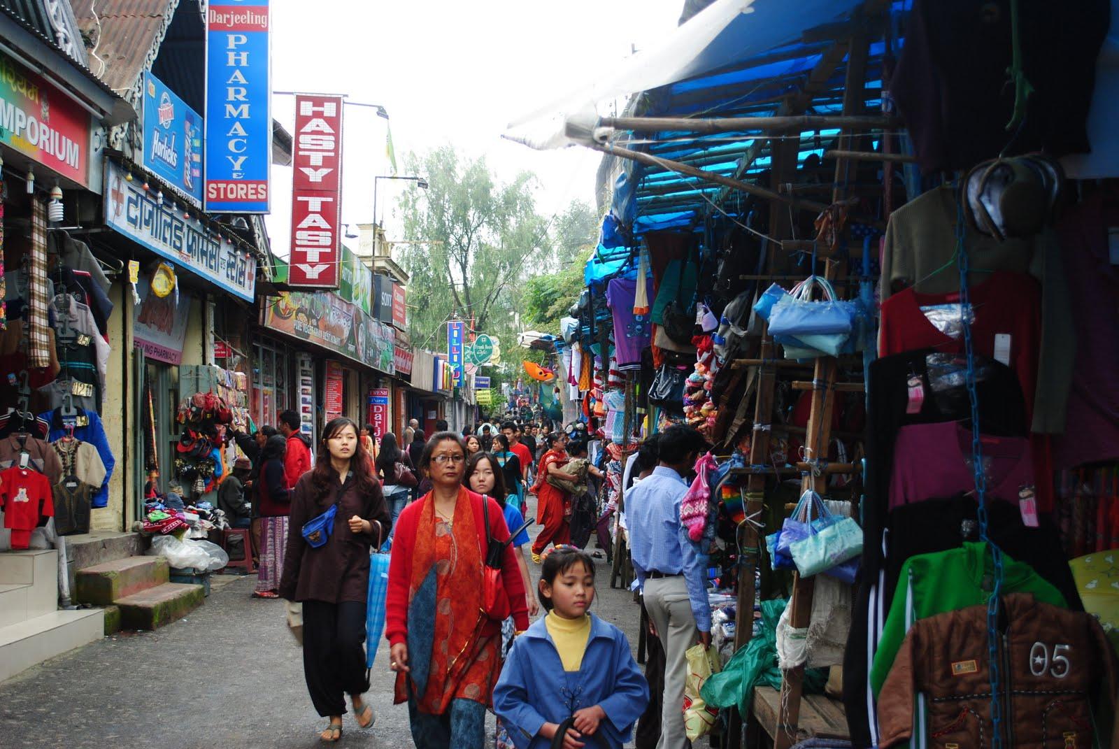 Darjeeling Hotels Near Mall